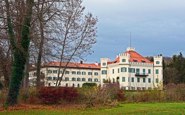 Zamek Possenhofen (Schloss Possenhofen)